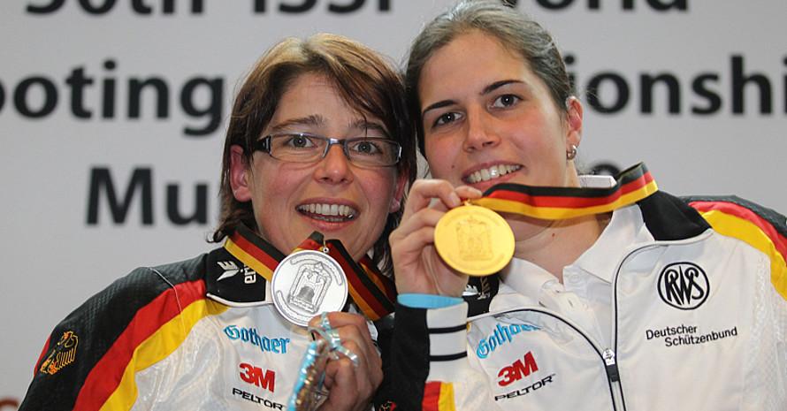 Sie gewannen die einzigen deutschen Medaillen: Barbara Lechner (l.) und Sonja Pfeilschifter. Foto: DSB/Schreyer