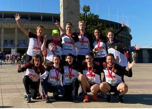 Die Teilnehmenden der beiden Special Olympics Staffeln am Berliner City-Lauf S25 hatten bei schönstem Herbstwetter eine Menge Spaß. Foto: SOWG