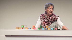 Dr. Karin Fehres, DOSB-Vorstand Sportentwicklung, spricht über die Rolle des Sports. Foto: RNE