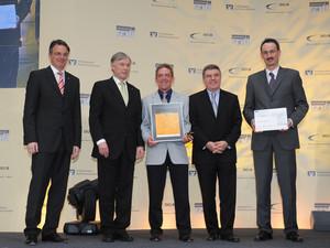BVR-Präsident Uwe Fröhlich, Bundespräsident Horst Köhler, Dr. Martin Sowa von der TSG Reutlingen, DOSB-Präsident Thomas Bach und Erik Grahneis von der Volksbank Reutlingen (v.l.).