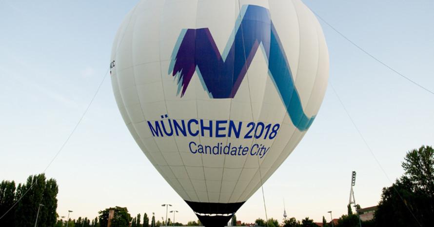 """Mit einem Klick """"Ja, ich sie will!"""" sagen und dem Traum von Spielen in Deutschland ein Stück näher kommen. Foto: picture-alliance"""