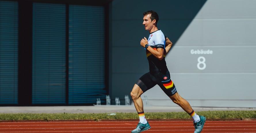 Jonas Breinlinger in Aktion: Er ist einer von zwölf deutschen Startern in Hamburg. Foto: DTU/Marcel Hilger