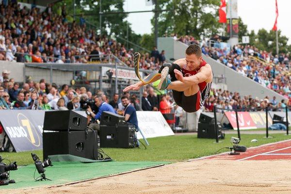 Markus Rehm sprang bei den Deutschen Meisterschaften der Leichtathleten im Donaustadion in Ulm am weitesten. Foto: picture-alliance