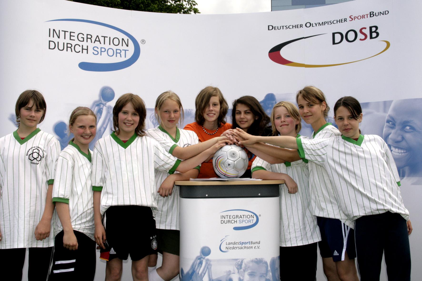 Girls Kick mit rund 600 Teilnehmerinnen