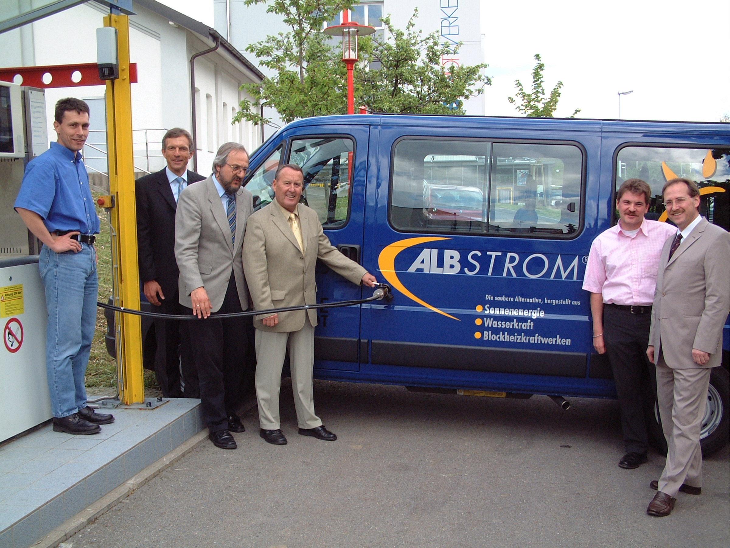 Einweihung des Erdgasautos (c)Landessportschule Albstadt