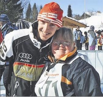 von links: Jessica Leim, Thomas Hofmann, Nicole Hofmann ( Foto: Budo Club Mühlheim); Skispringer Michael Uhrmann und Langläuferin Christine Schalchter