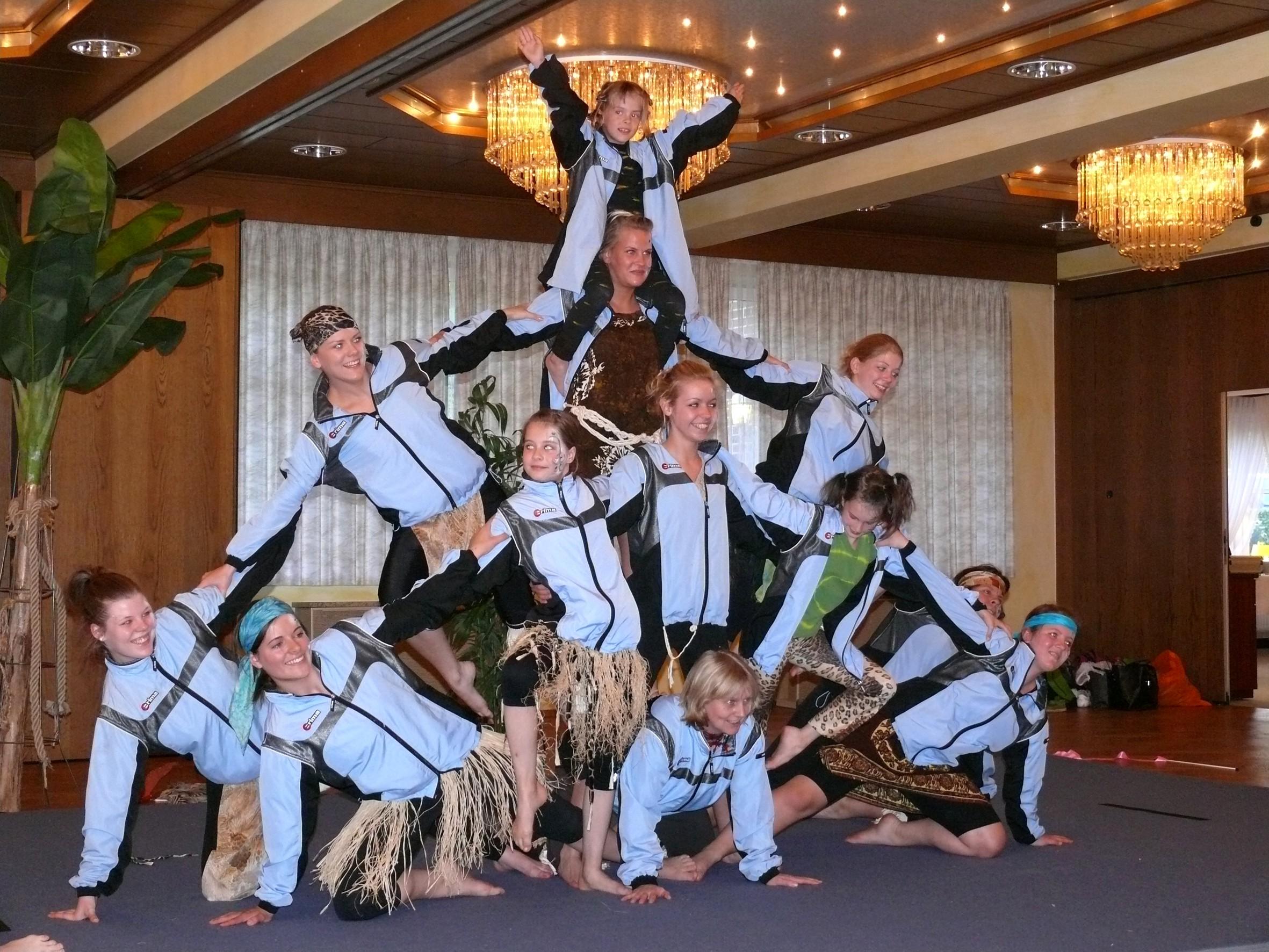 """Die """"Acrobatic Friends"""" vom SV Holm-Seppensen (Quelle: Volksbank Nordheide eG)"""
