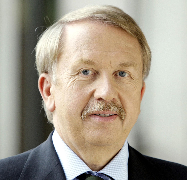 Helmut Rau, baden-württembergischer Minister für Kultus, Jugend und Sport (Foto: Kultusministerium Baden-Württemberg)