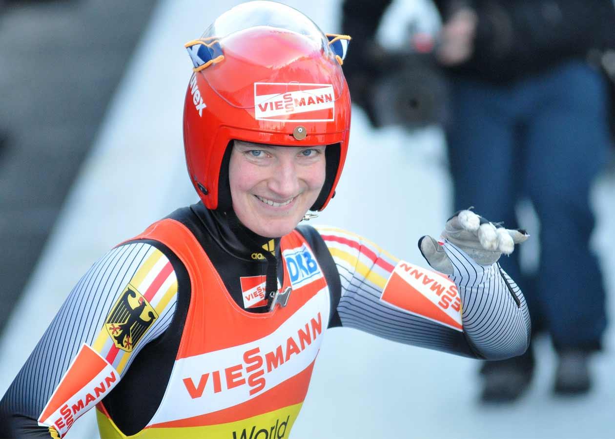 """Tatjana Hüfner, Olympiasiegerin im Rodeln von Vancouver 2010 und Schirmherrin der """"Sterne des Sports"""" 2010"""