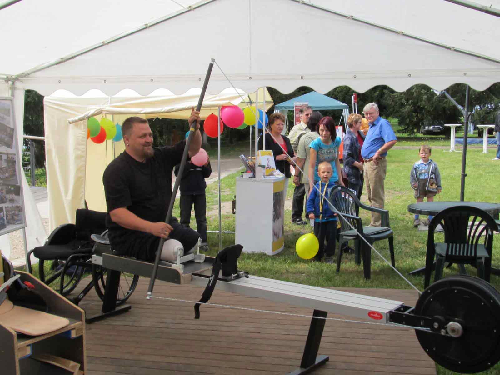 Seit 2009 bietet der PCK Wassersport Schwedt e.V. auch Training im Reha- und Behindertensportbereich an. (Foto: Verein)