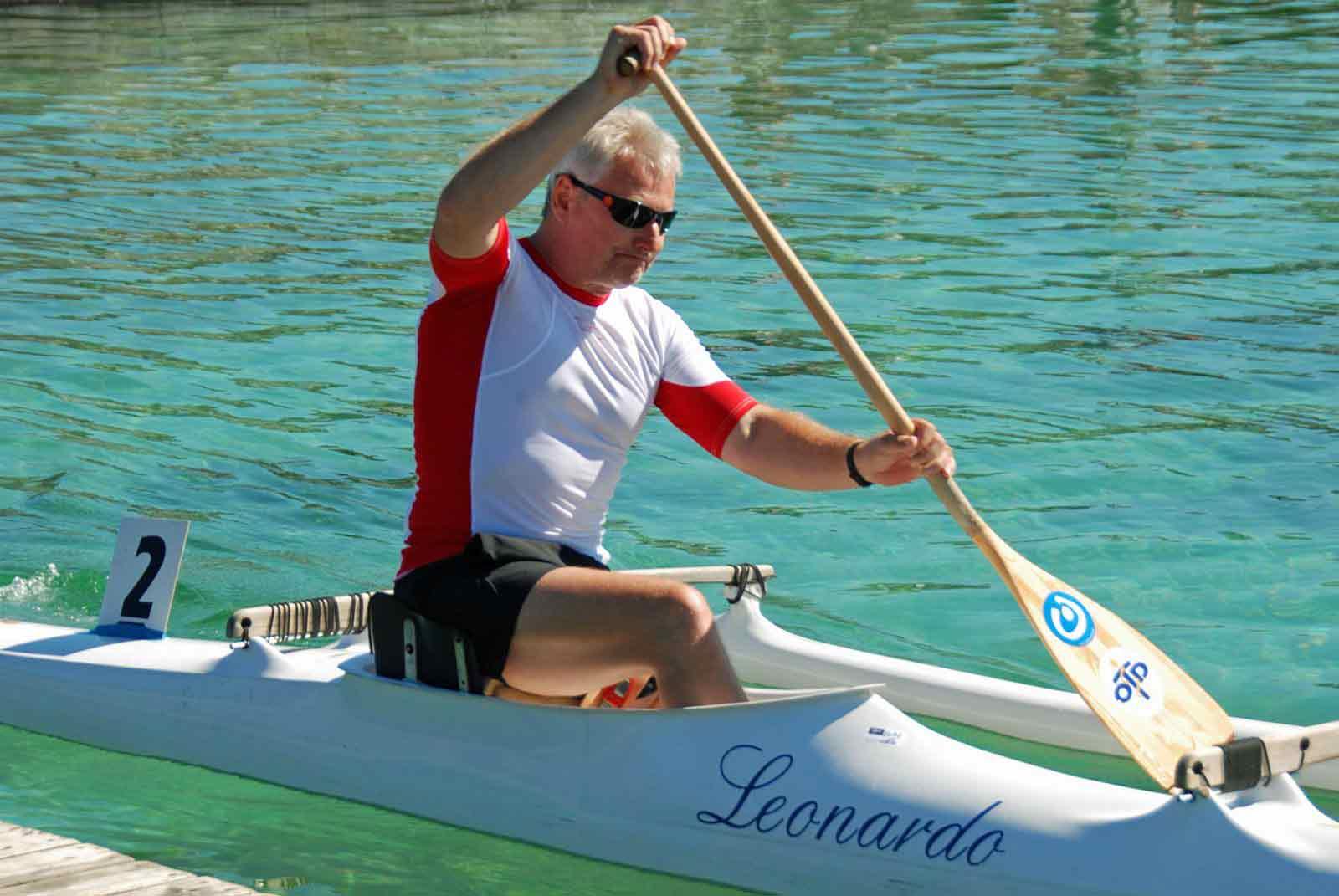 Gerhard Bowitzky hat nach einem Unfall ein Bein verloren; der Kanu-Sport half ihm dabei, sich ins Leben zurückzukämpfen. Das Foto zeigt ihn bei der Para-Kanu-WM in Polen 2011, wo er Vizeweltmeister wurde. (Foto: Verein)^