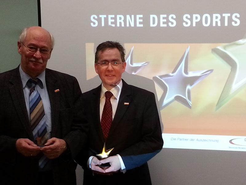 Harald Dudzus (Vorsitzender Kreissportbund) und Volker Leisten (Sprecher der Bankleiter im Rhein-Erft-Kreis) bei der Pressekonferenz zum Ausschreibungsstart (Foto: VR-Bank Rhein-Erft eG)
