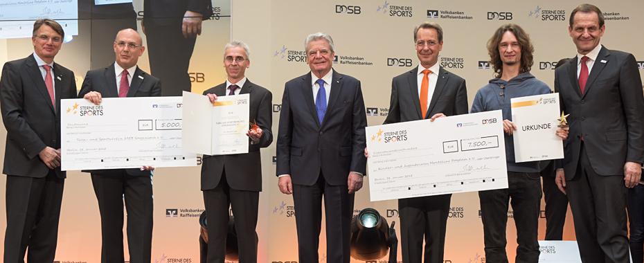 """Verleihung der Goldenen """"Sterne des Sports"""" 2014 am 28.01.2015 in der DZ Bank in Berlin. v.l.n.r.: Uwe Fröhlich (Präsident Bundesverband der Deutschen Volks- und Raiffeisenbanken), Uwe Abel (Mainzer Volksbank eG), Thorsten Wettig (Turn-und Sportverein 1"""