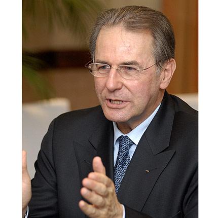 Ist ein überzeugter Verfechter der Olympischen Jugendspiele, deren Einführung das IOC bei seiner Session in Guatemala beschloss: Präsident Dr. Jacques Rogge.