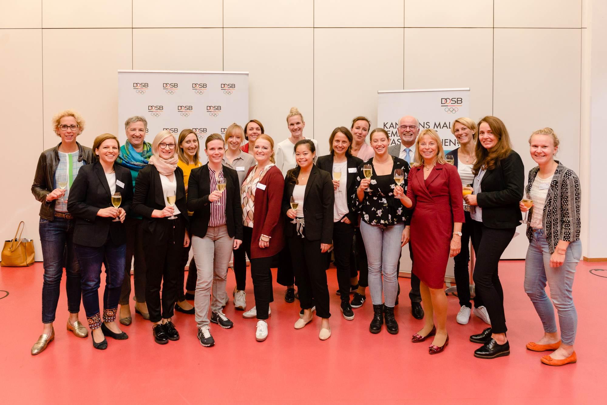 Die Mentees und Mentor*innen bei der Abschlussveranstaltung am 28.September in Leipzig
